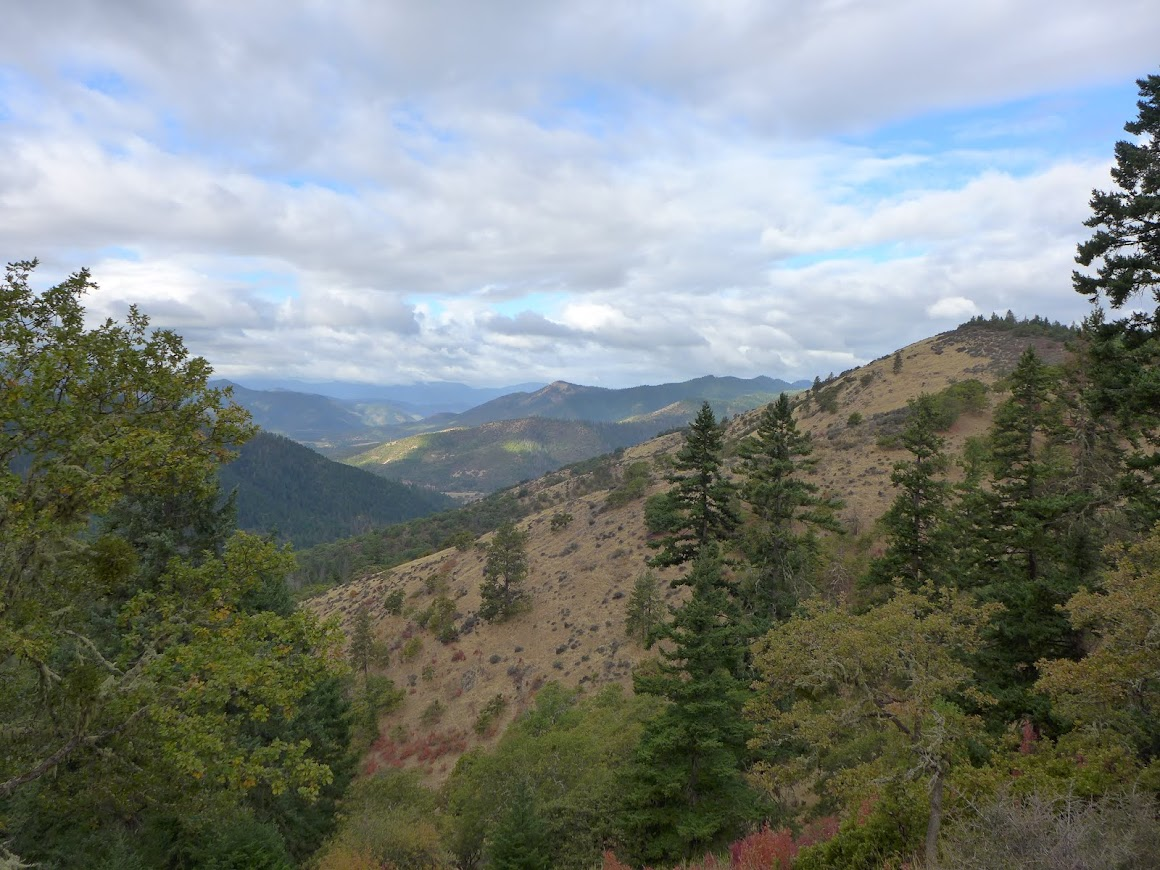 View from the East Applegate Ridge Trail