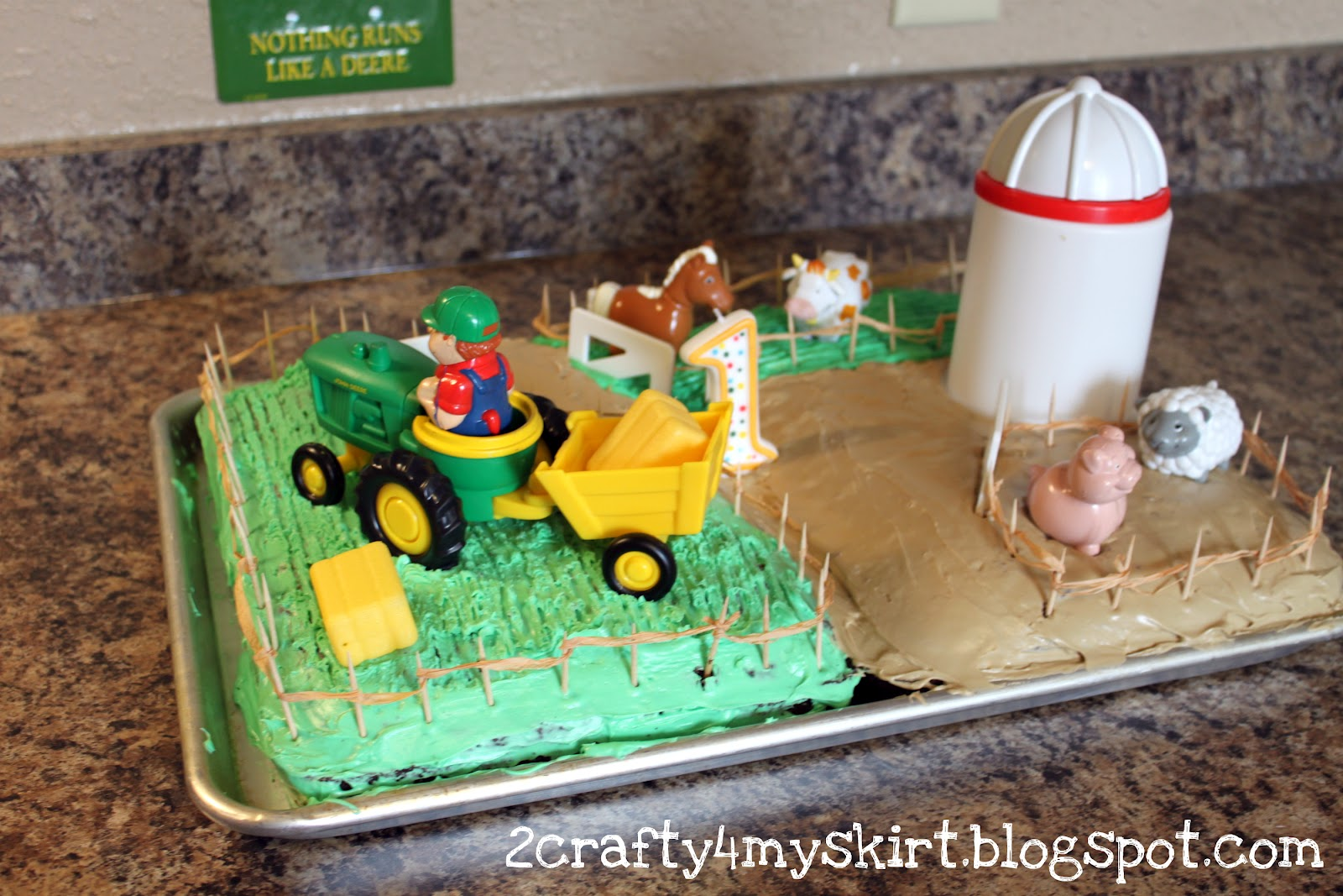 Reclaimologists and Other Crafty Chicks Farm Birthday Cake