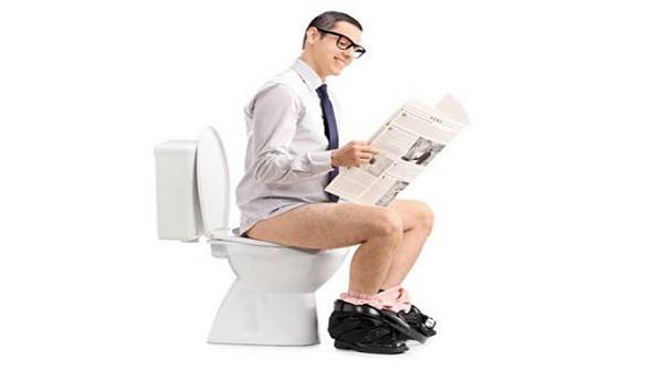 the correct way of sitting on toilet youu0027ve been doing it wrong your whole life