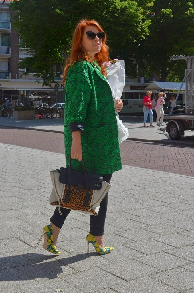 fashion bridge, fashion bridge blog, www.fashion-bridge.blogspot.com, street style, street fashion, street style Netherlands, Topshop green jacket, phillip lim leopard pashli bag, Laura Rysman, Laura Rysman masif bracelet, Tres Jewellery, www.tresjewellery.com