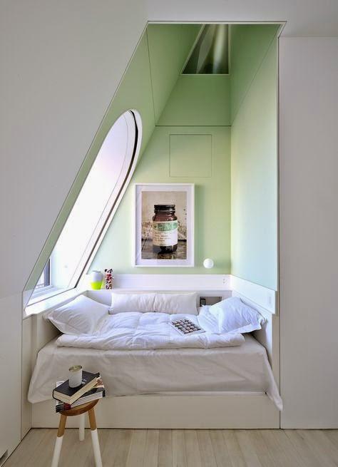 Gemütliche Nischen im Schlafzimmer fürs Bett