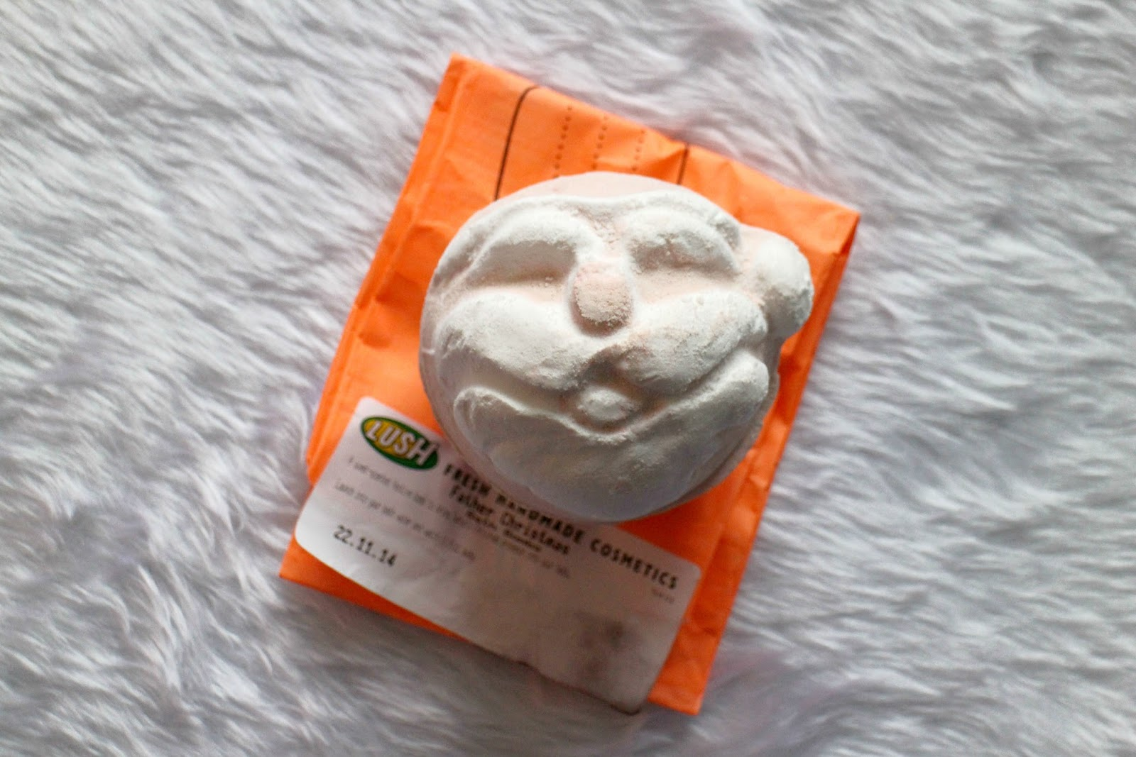 Lush Father Christmas Bath Bomb Review