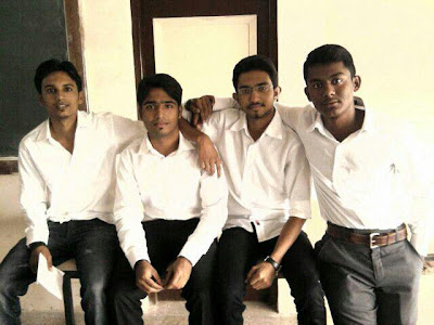 fouryz group