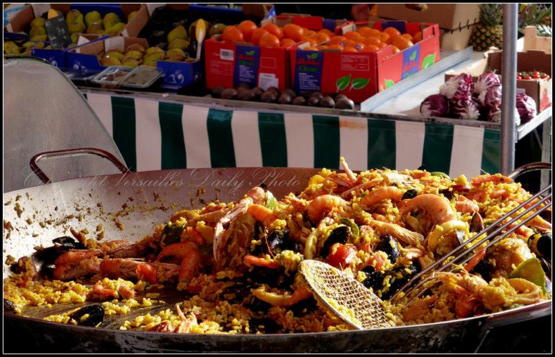 Paella Versailles Porchefontaine market