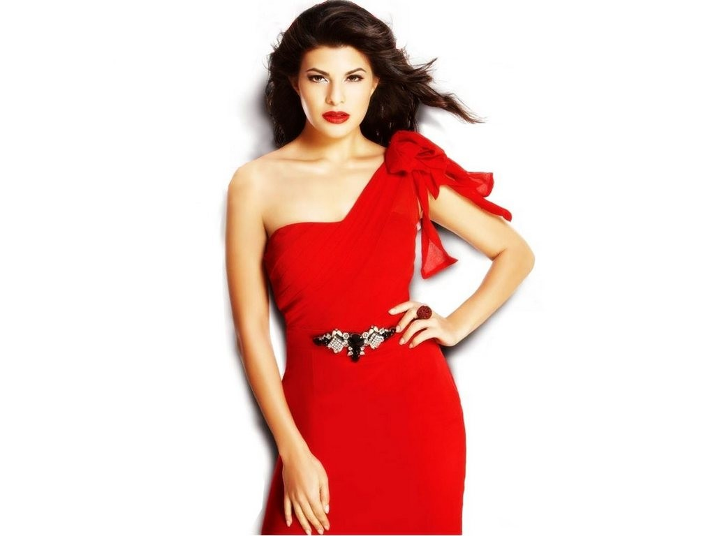 http://1.bp.blogspot.com/-_qfn5GsUR-s/TpWwIcTFkMI/AAAAAAAABgg/g_Tn6GVMwOg/s1600/Jacqueline+Fernandez+in+cute+red+dress+latest+2011+wallpaper.jpg
