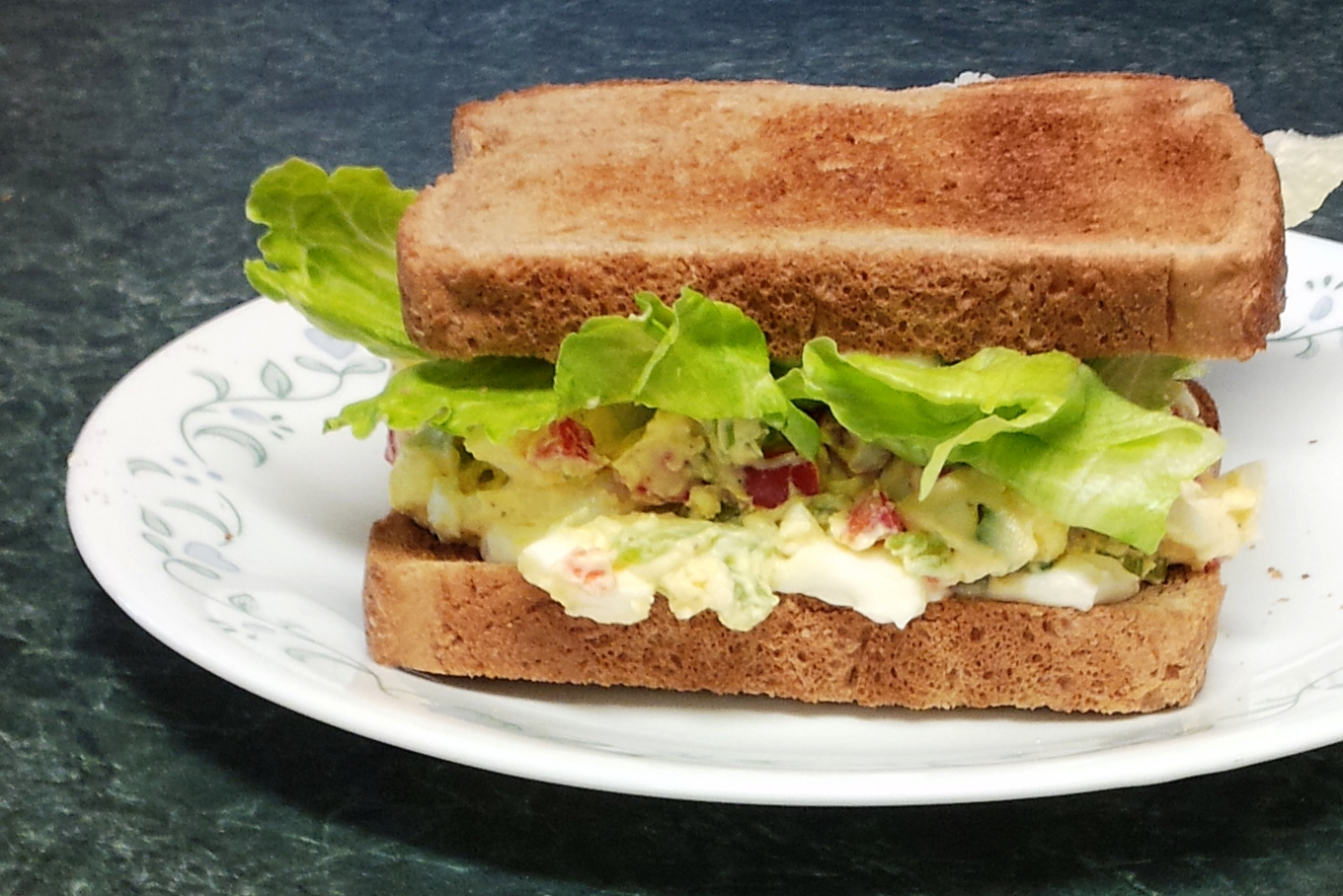Debbi Does Dinner... Healthy & Low Calorie: Egg Salad Sandwiches