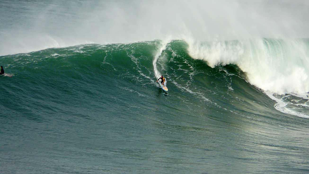 surf menakoz diciembre 2015 olas grandes 22b