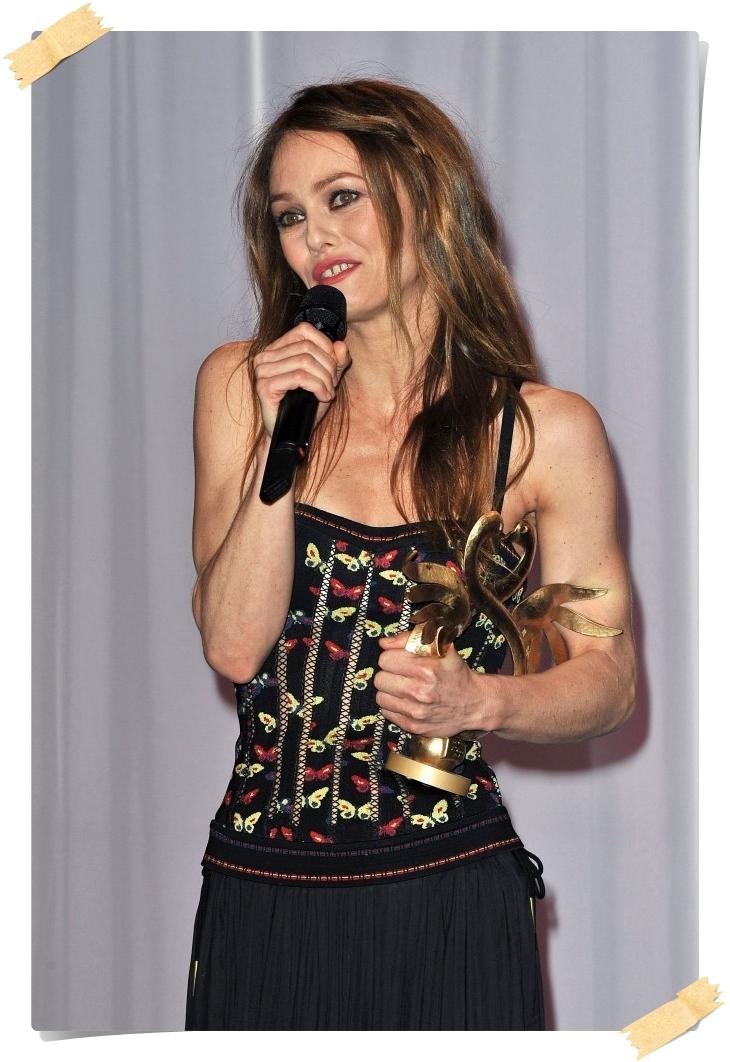Vanessa Paradis Photos from the Swann Awards - Pics 1