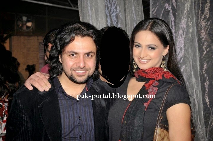 Pakistani Actress Noor With Her Husband Unseen Pictures