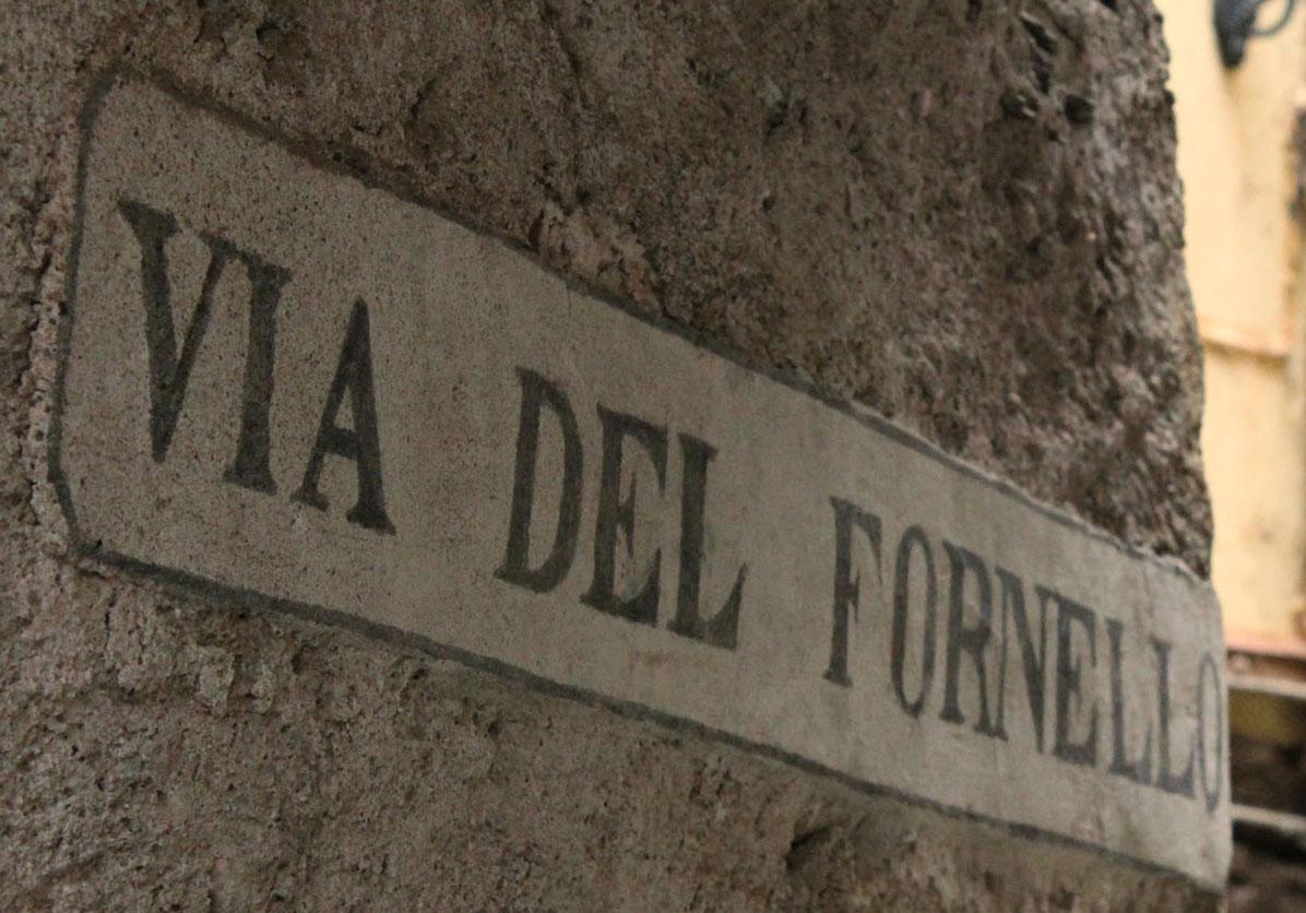 Eniwhere Fashion - Vicolo del Fornello - Isola Bella