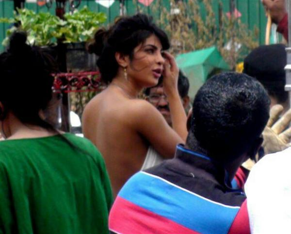 Priyanka Chopra Nikon Ads