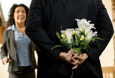 Suami pandai memuji, isteri rasa lebih dicintai