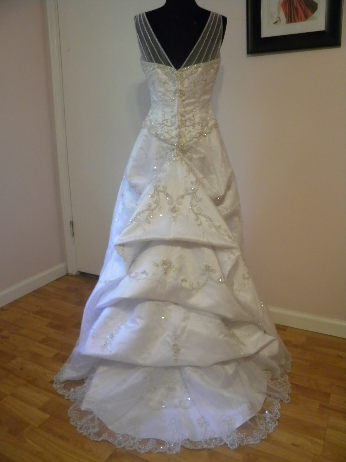 Elegant designs by candicelouise i love bustles for Wedding dress train bustle