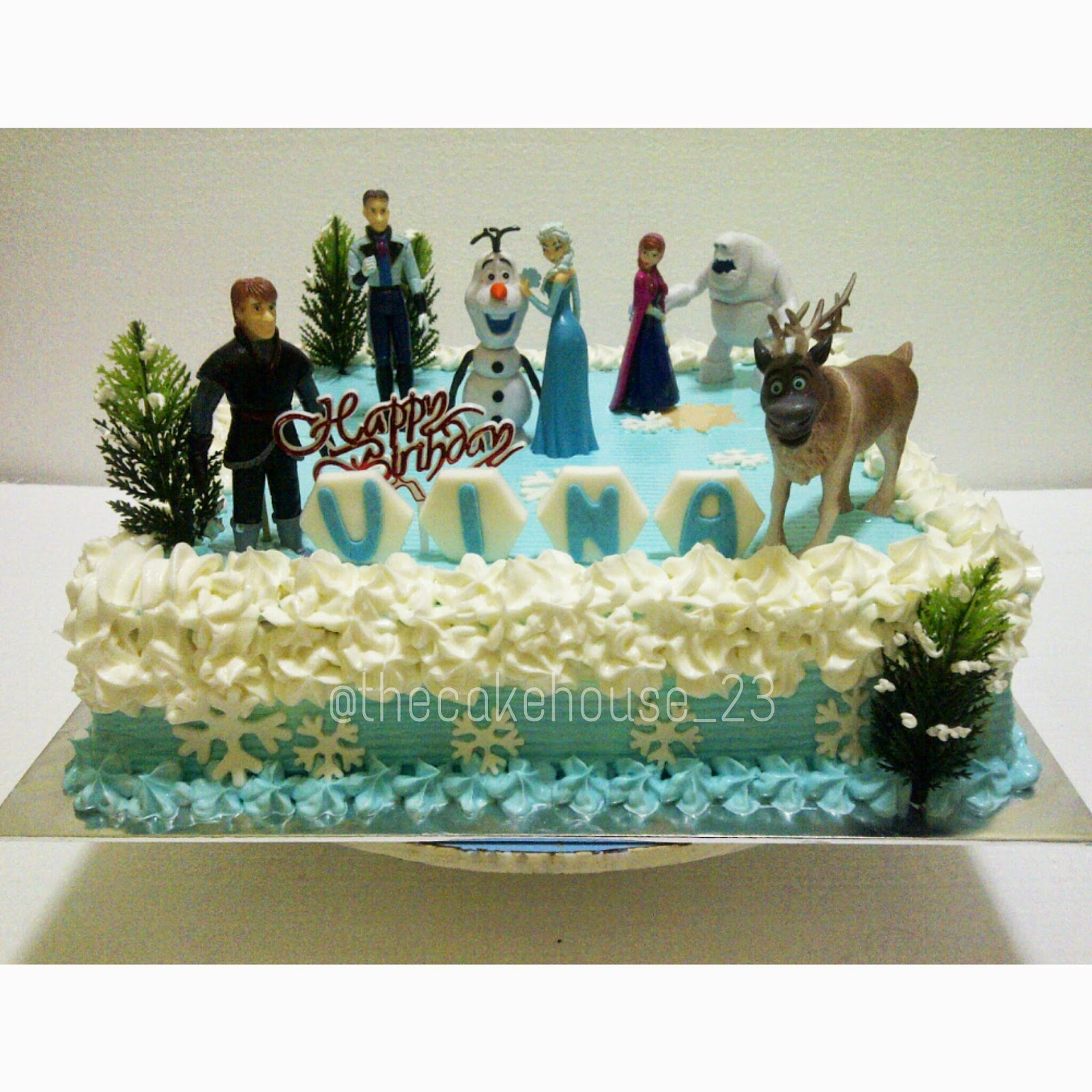 The Cake House By Carla Frozen Theme Birthday Cake Dekor Buttercream