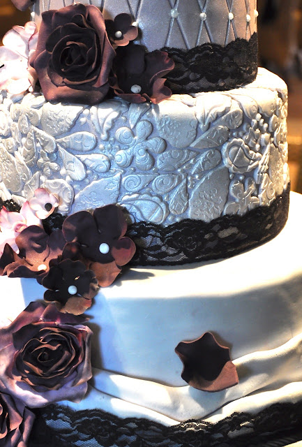 Rozannes Cakes Purple And Silver Wedding Cake