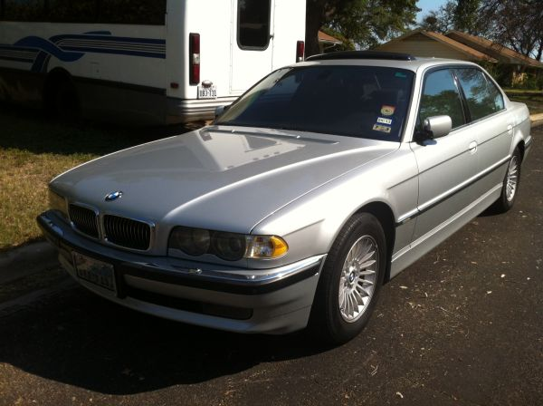 Daily Turismo 10k 2001 BMW 750iL V12 E38 Zombie Proof
