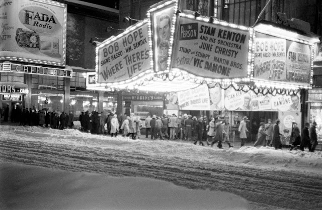 White photos from the great blizzard in new york city december 1947