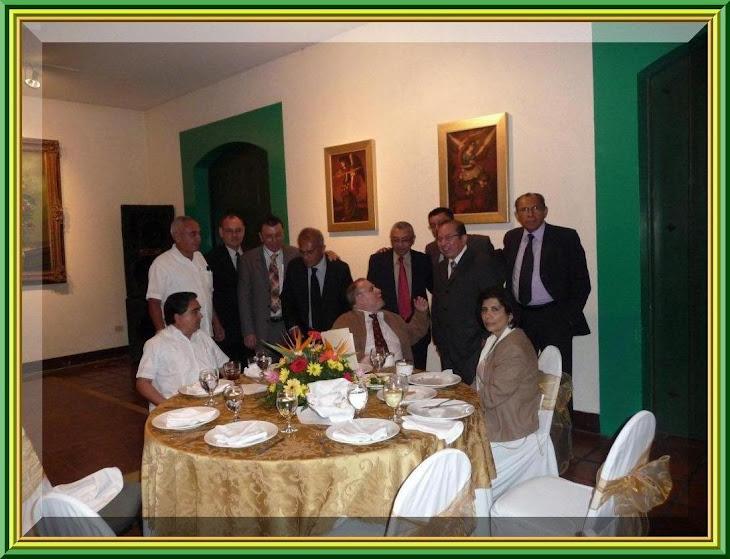 PRIMER ENCUENTRO 45 AÑOS DESPUES 1965 - 2010 - PARTE 1 (clic en la foto)