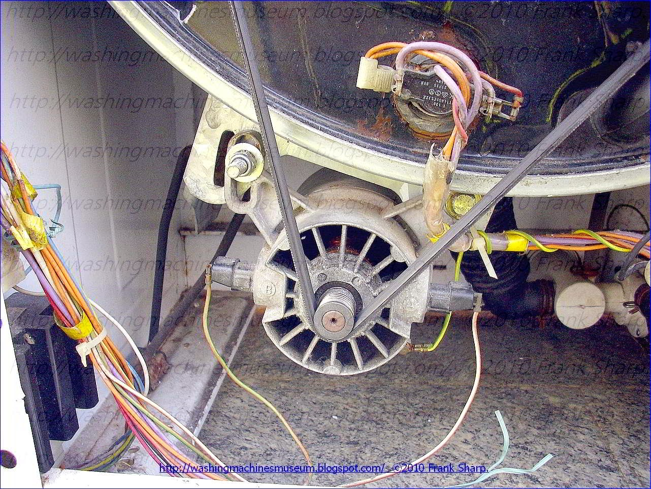 Washer Rama Museum Ignis K15 Philips Awf633 Ig Pm System Semi Automatic Washing Machine Wiring Diagram The Spin Drying Speed In A Which Comprises Motor For Driving Drum Can Operate At Two Different Speeds Low