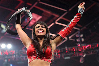 LUCHA LIBRE-Layla y Cody Rhodes nuevos campeones en Extreme Rules