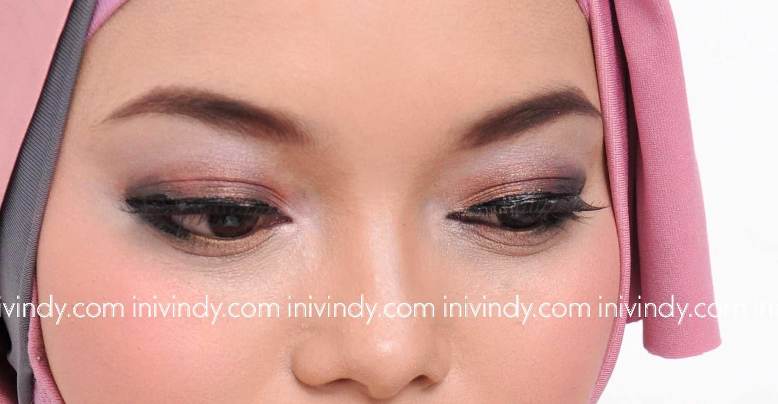 Hijab Beauty: March 2013