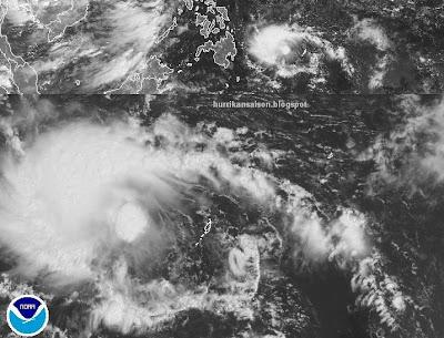 Mindanao, Philippinen: Tropisches Tief 92W (potenziell Tropischer Sturm BANYAN) kommt bald an, Banyan, Mindanao, Philippinen, Taifunsaison, Satellitenbild Satellitenbilder, aktuell, Pazifik, Oktober, 2011,