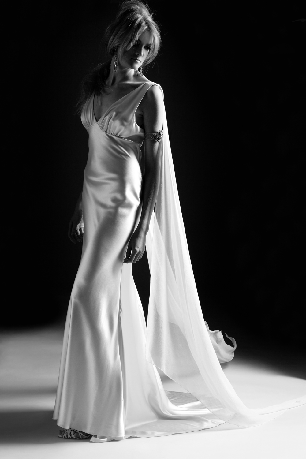1930's inspired Vintage wedding gown from the Hollywood collection in ...
