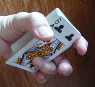 trik sulap kartu the glide sederhana