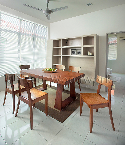 United Woodwork Dining Sets