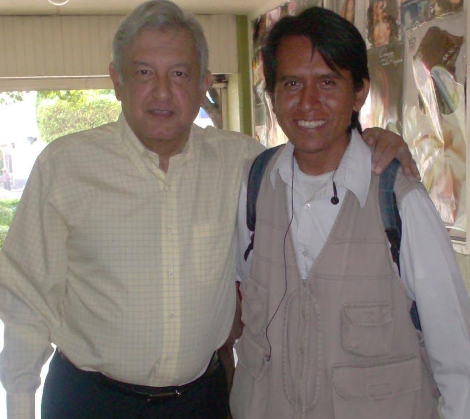 ANTONIO MORUECHO Y ANDRES MANUEL LOPEZ OBRADOR