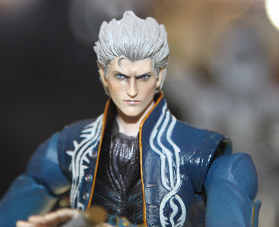 Square Enix Play Arts 2013 Toy Fair Display - Devil May Cry Virgil figure