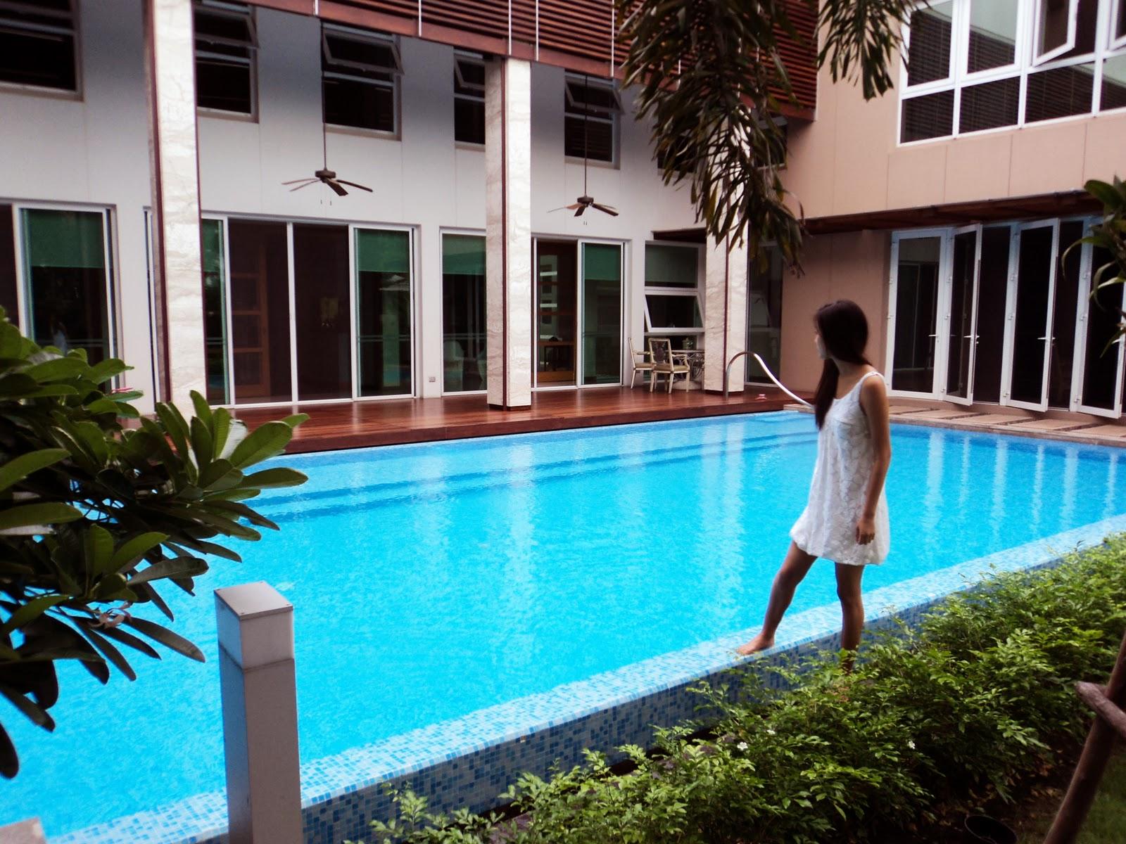 Mish\'s Mash: Thailand: Amatavivadhana\'s Abode & Siam Niramit