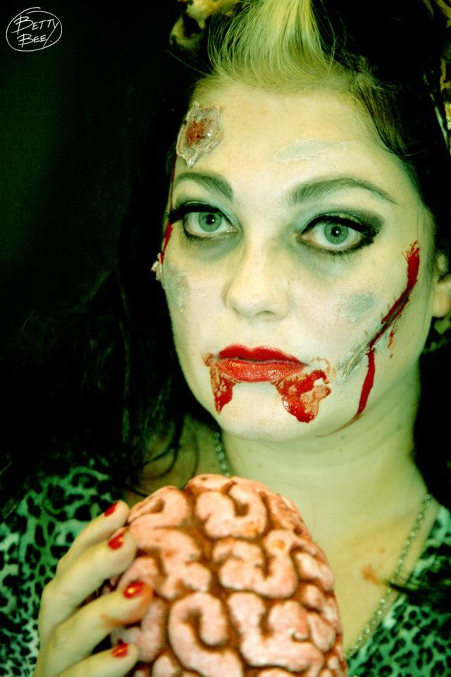 Taylor swift makeup: zombie makeup ideas
