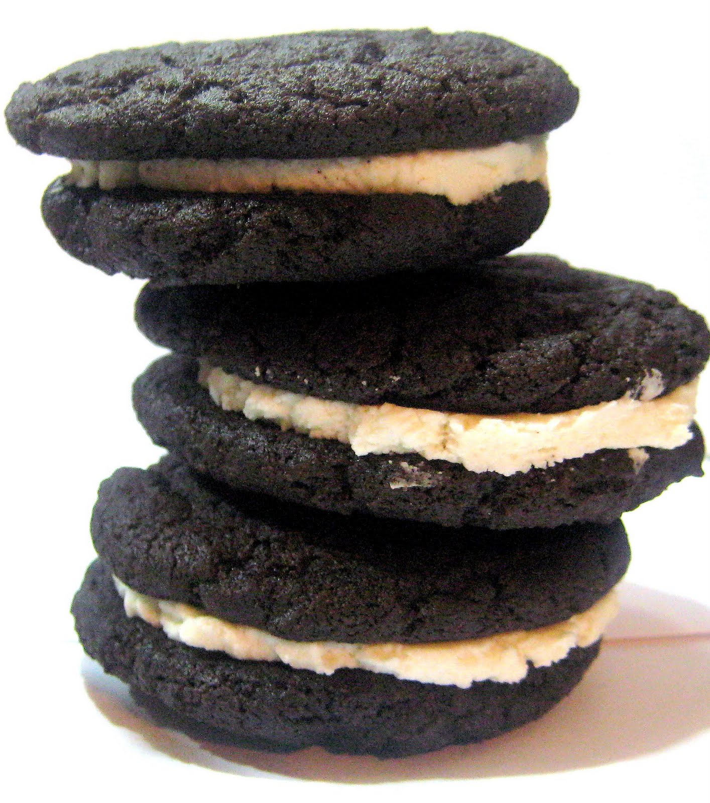 A Bitchin' Kitchen: Homemade Oreos
