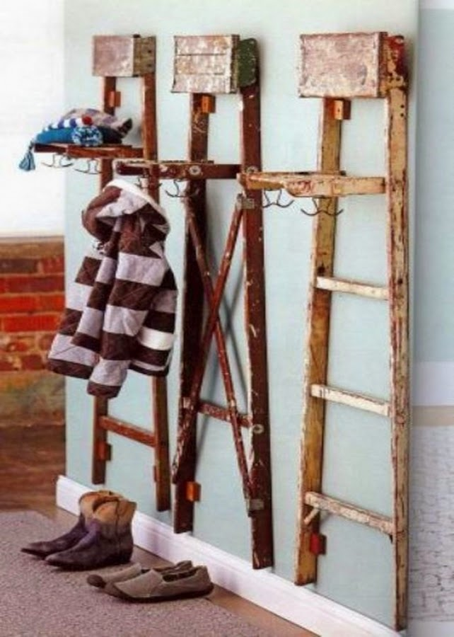 10 awesome coat racks and stands for the entryway do it for Diy standing coat rack ideas
