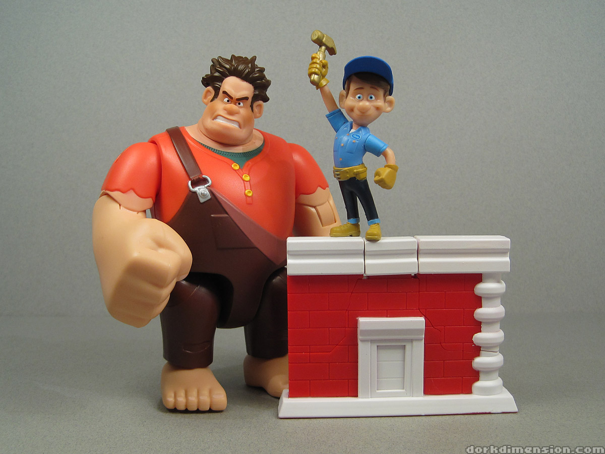 Wreck It Ralph Toys : Dork dimension toy review wall smashing ralph and fix it