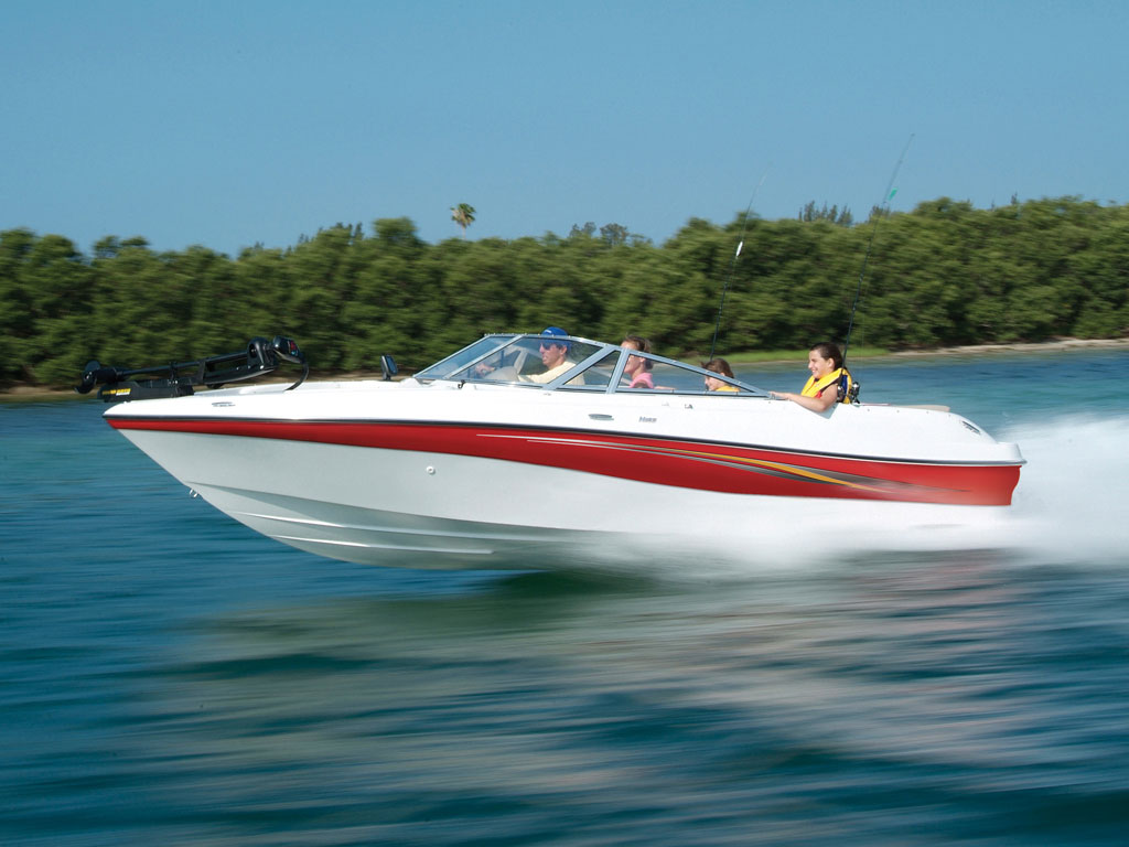 Just in time for boat show season, Four Winns boats has announced a new ...