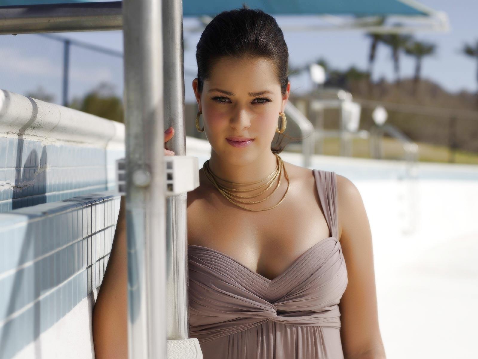TheFappening: Liana Liberato Nude