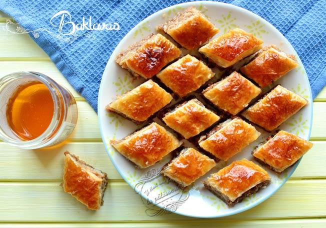 Recette - Baklawa traditionnelle ! Sans pâte filo.   750g