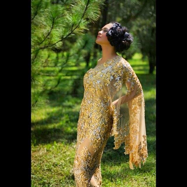 20 Model Gaun Pesta Ivan Gunawan Modern Terpopuler 2016