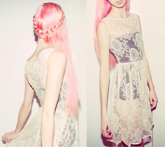trenzas en melena rosa 2013