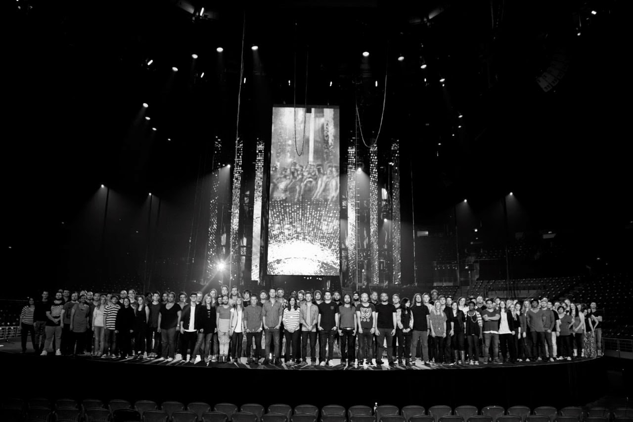 Hillsong Live - entire worship team