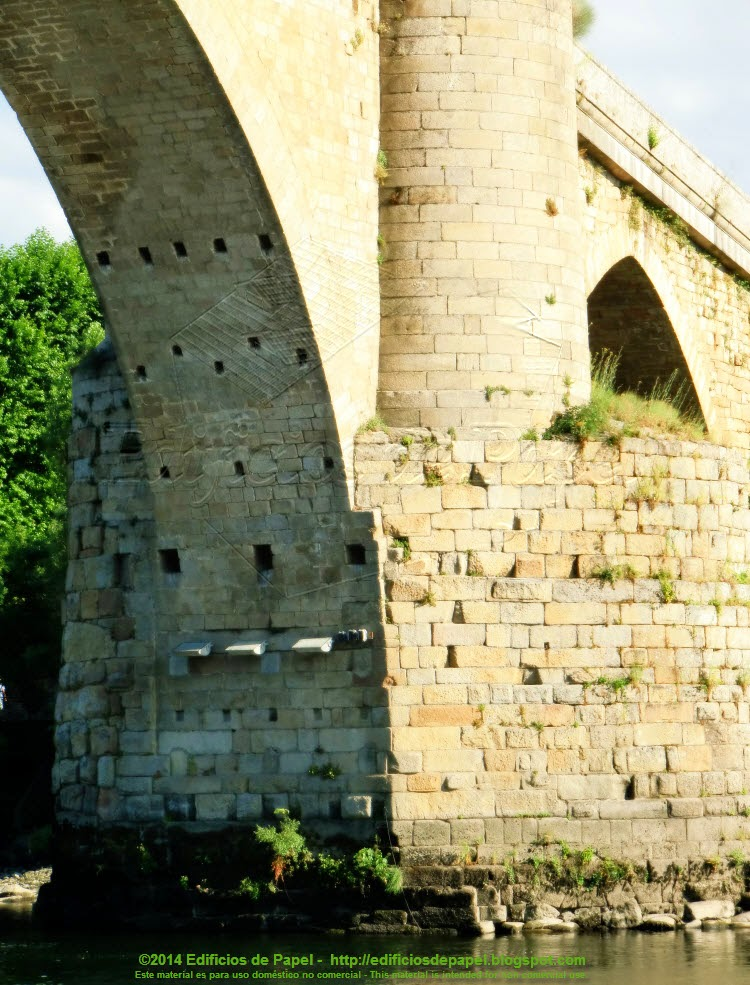 Puente Romano de Ourense - Pilar sobre el río - EdP