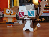 http://pop-and-corn.blogspot.fr/2014/01/cubeecrafts-gizmo-et-crash.html