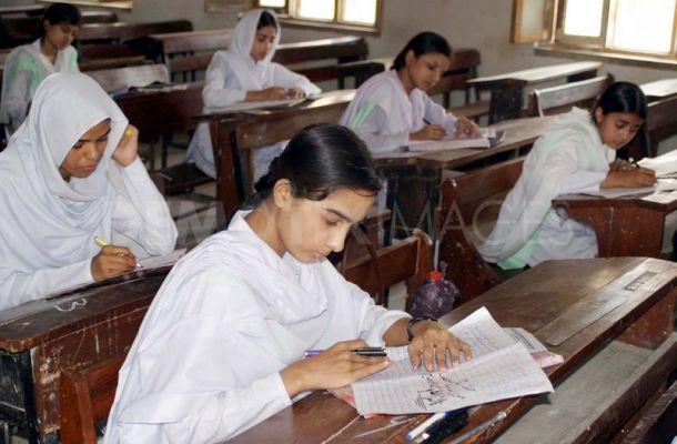 essays students copy