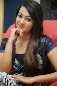 Ester Noronha Photos-thumbnail-5