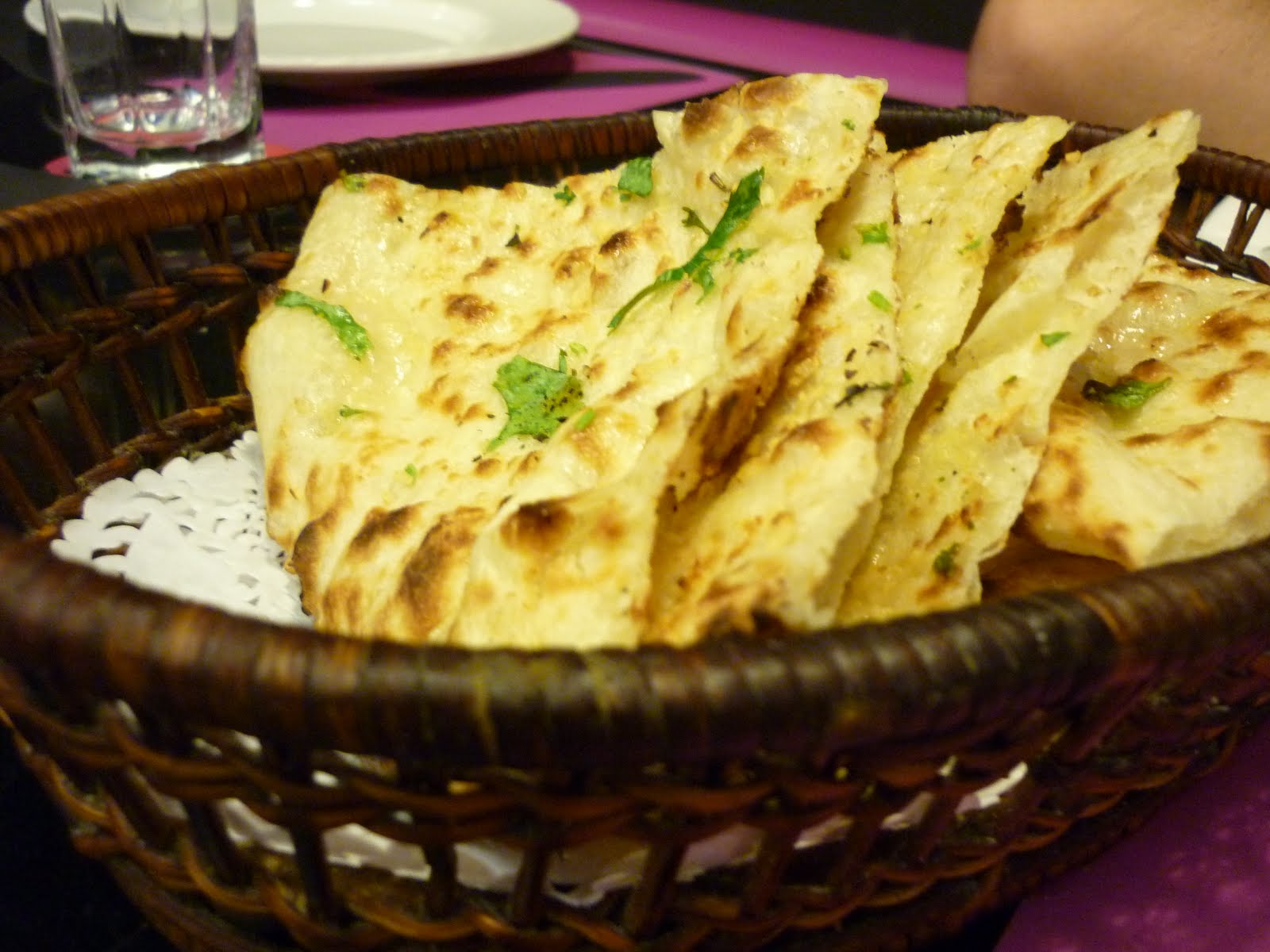 Easy cooking: Tawa butter naan