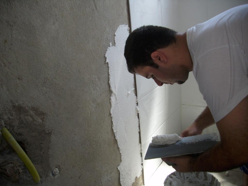 Saga do Banheiro V: Acabamentos Construindo Nossa House #596272 1024x768 Banheiro Azulejado
