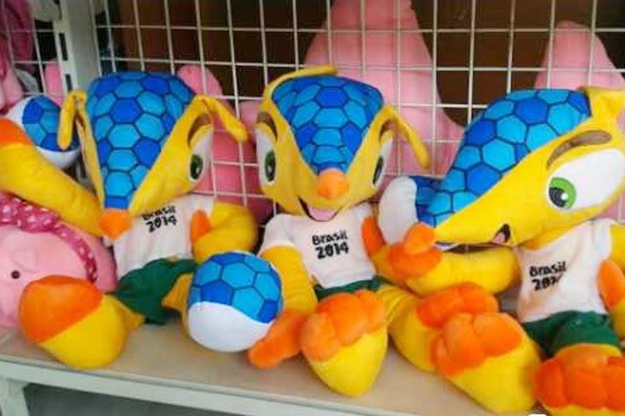 Boneka Maskot Piala dunia 2014
