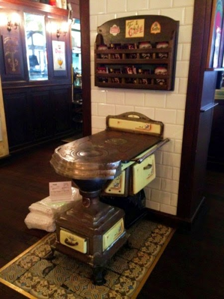 City Hotel now Belgian Beer Cafe' - weighing machine